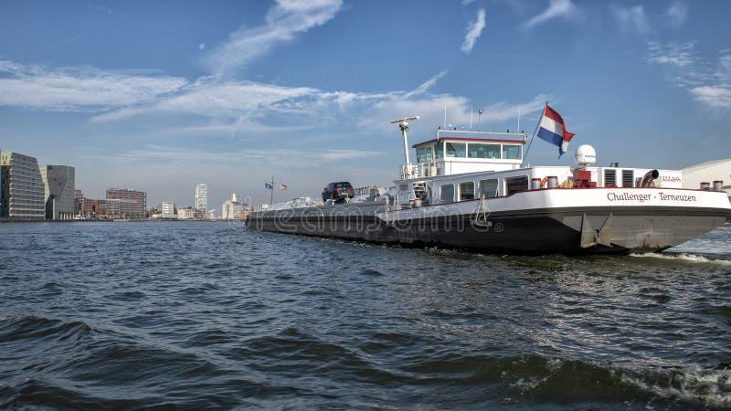 Pretendenta LPG tankowiec na Amsterdam zatoce, holandie zdjęcia stock