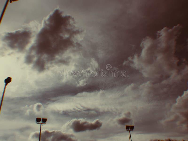 Preto da nuvem do fundo da sombra do céu fotografia de stock