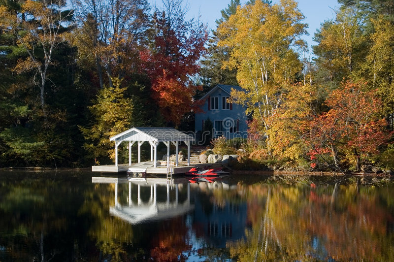 Pretty Cottage stock photography