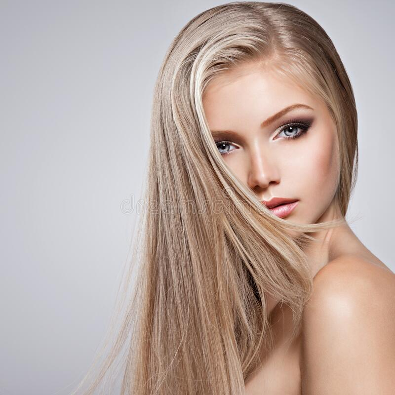 Free Pretty Face Of Young Woman With Long White Hair Stock Photos - 178468443