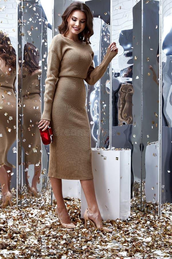 Free Pretty Fashion Model Brunette Hair Woman Wear Beige Long Dr Royalty Free Stock Photo - 108163475