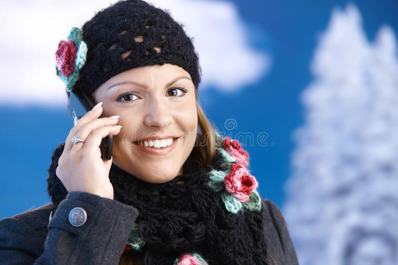 Download Pretty Girl Dressed Up Warm Smiling Using Mobile Stock Image - Image of coat, front: 17164585