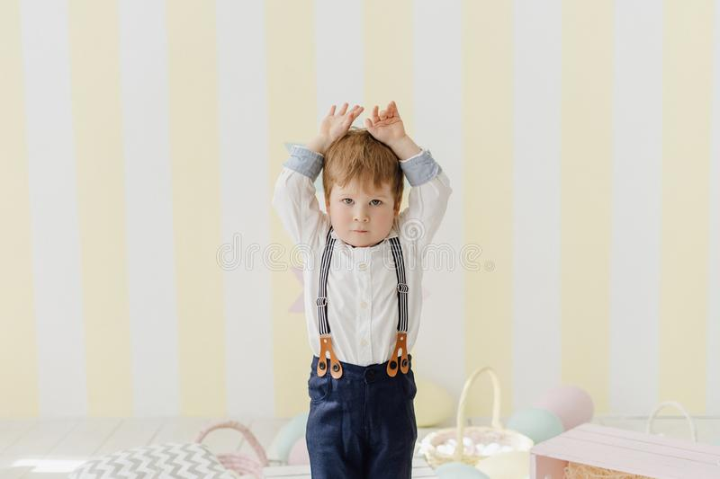 Pretty Little Boy do Bunny Ears Easter Celebration royalty free stock photography