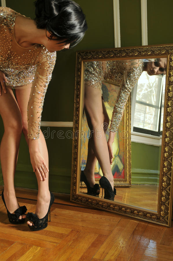 Free Pretty Woman In Vintage Gown Looking In The Mirror Stock Photos - 24630893