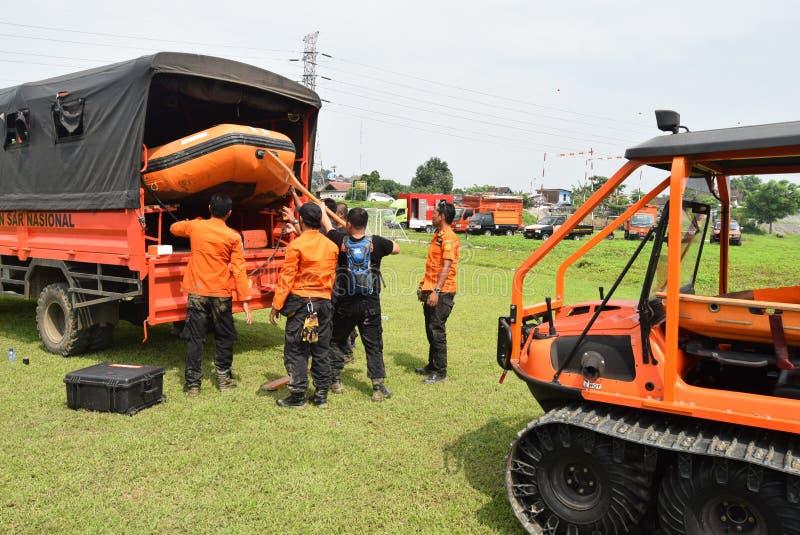 Prevenção de desastre da prontidão de Apel guardada no campo Semarang de Simongan imagens de stock royalty free