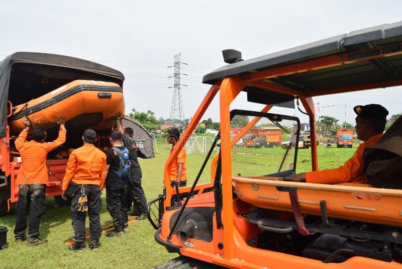 Prevenção de desastre da prontidão de Apel guardada no campo Semarang de Simongan foto de stock royalty free