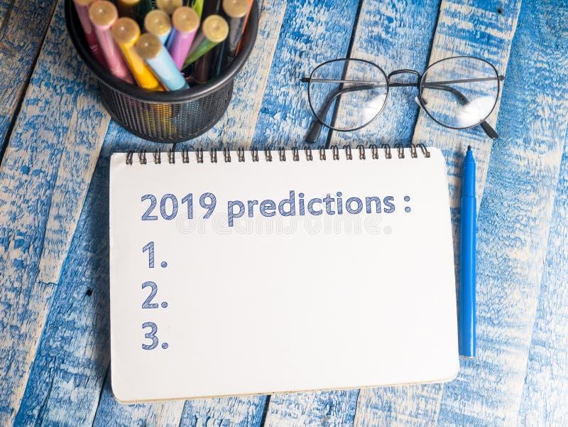 2019 previsões, conceito inspirador das citações das palavras imagem de stock
