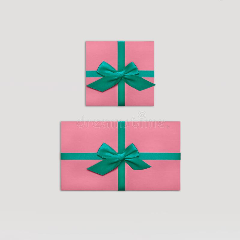 Prezentów pudełek mieszkania nieatutowa Modna projektująca fotografia obrazy royalty free