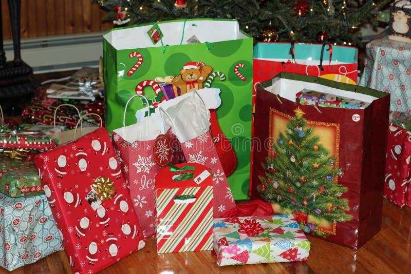 prezent weihnachtspakete świąteczne obraz royalty free