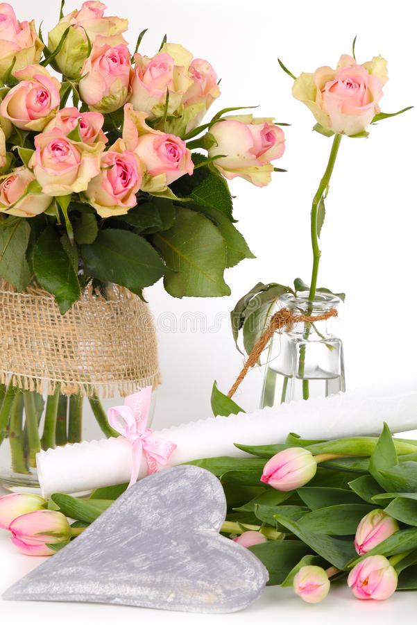 Prezenta świadectwo, kwiaty zdjęcie royalty free