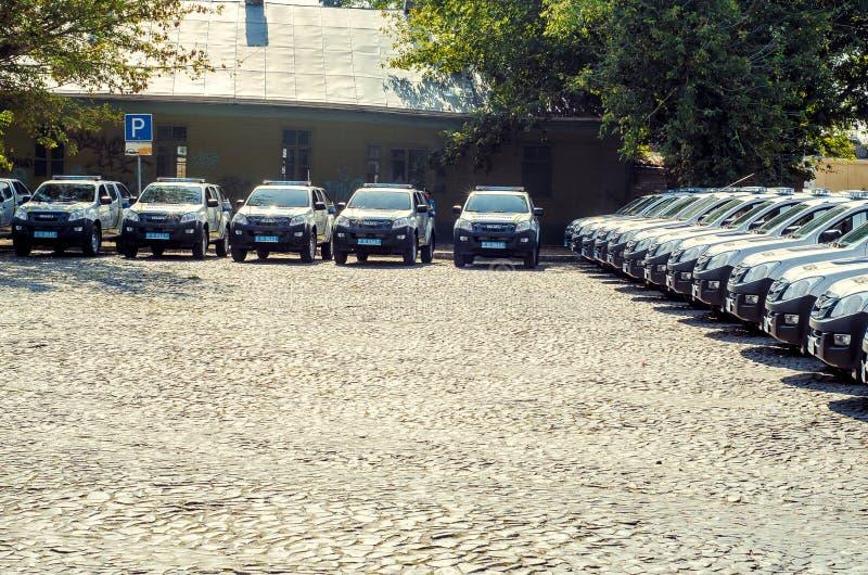 Prezenta Volynskaiy policjantów specjalni samochody od słupów zdjęcie royalty free