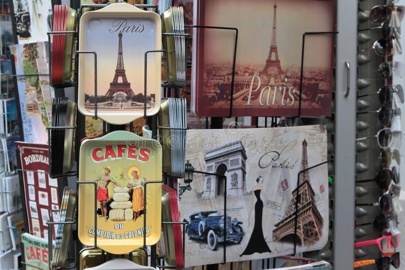 Prezenty i pamiątka w Montmartre, Paryż obrazy royalty free