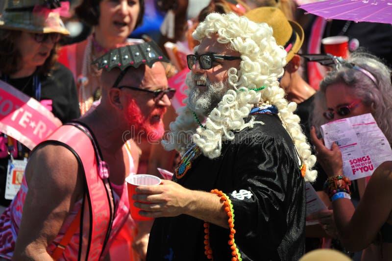 Prezes Sądu syrenka uczestnicy przy 36th roczną syrenki paradą w Coney Island i parada obrazy royalty free
