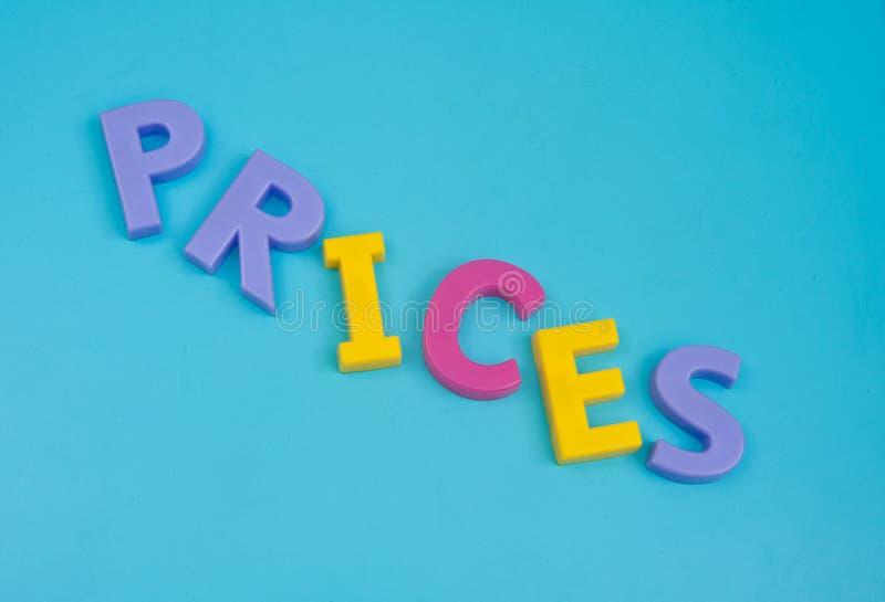 Prezzi che cadono giù. fotografie stock