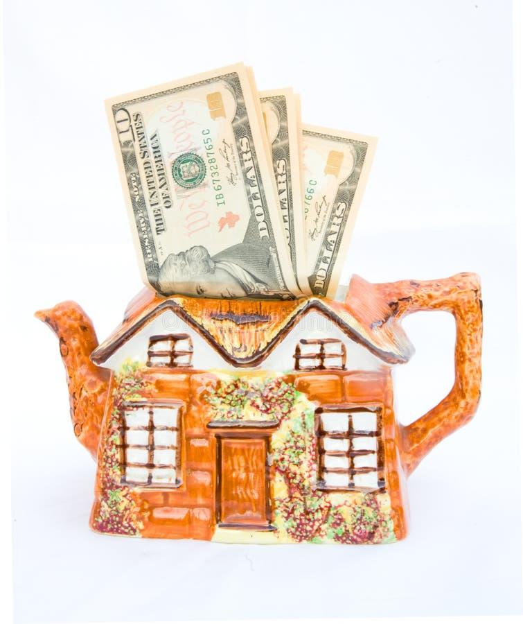 Prezzi che passano tramite il tetto. immagini stock libere da diritti