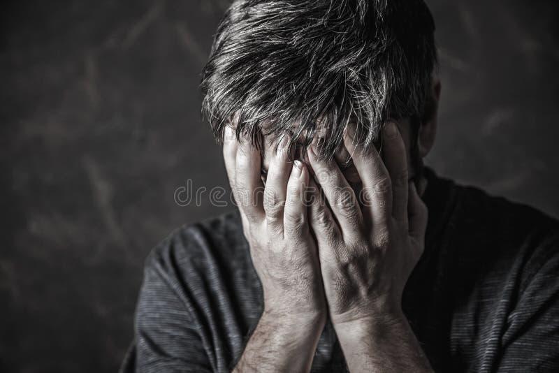 prière d'homme photo libre de droits