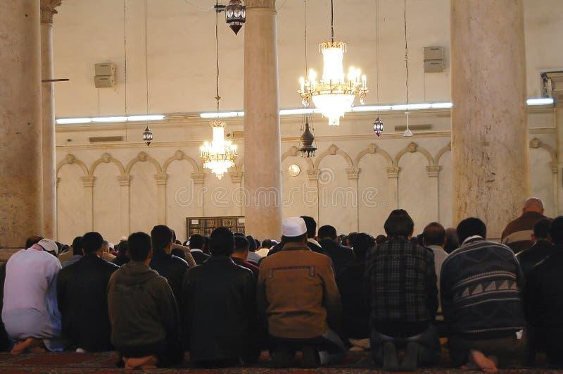 Prières musulmanes - mosquée d'Umayyad - Damas - la Syrie image libre de droits