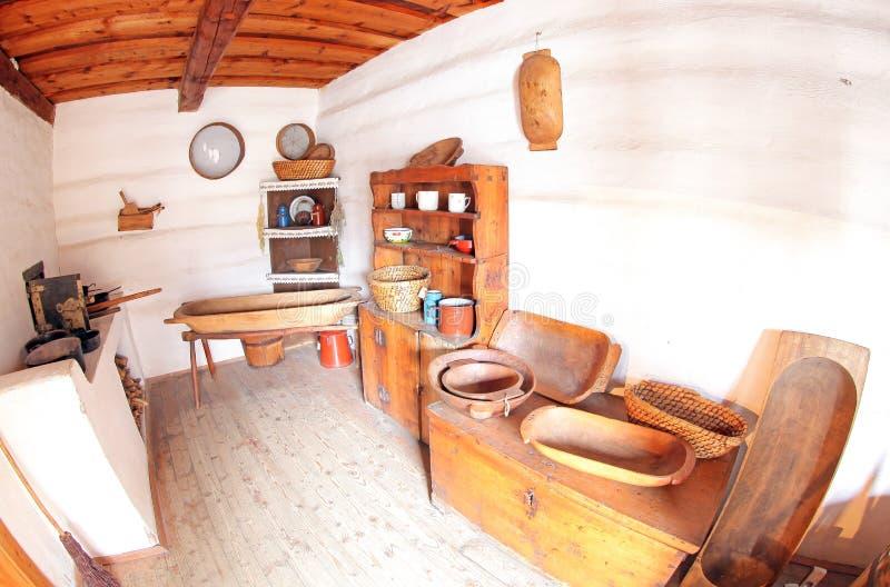 Pribylina - intérieur de maison rurale image stock