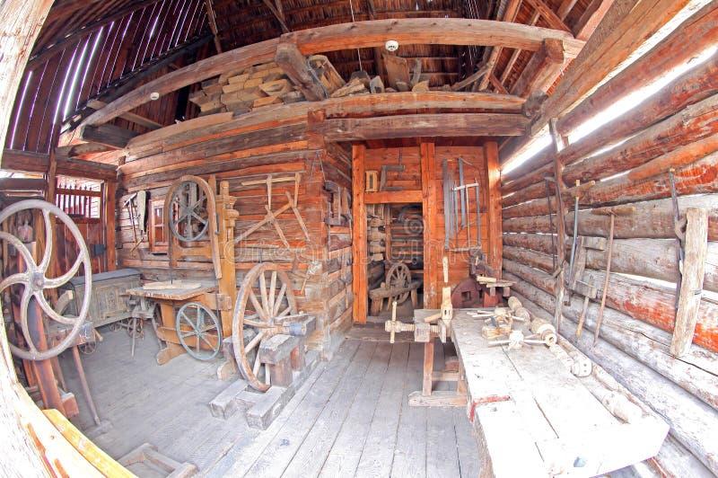 Pribylina - interior de la casa rural foto de archivo