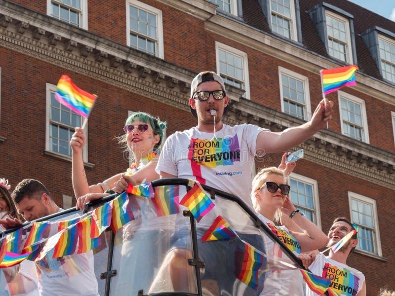 Pride London 2018 - protesta superiore del bus fotografia stock