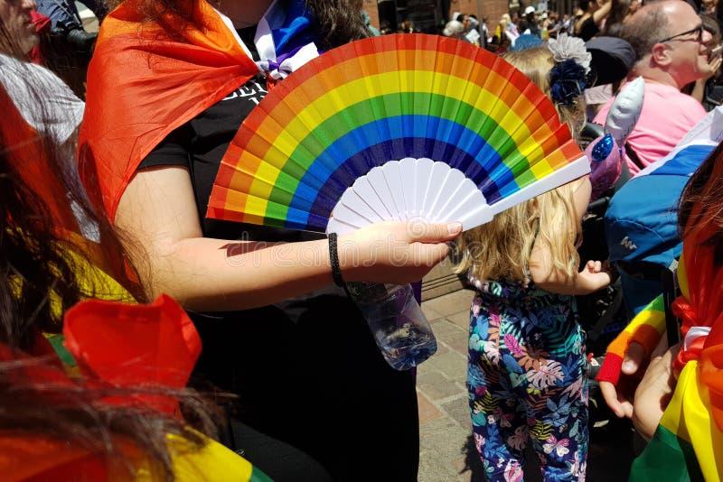 Pride March in de plaats van Capitool in Toulouse, Frankrijk stock fotografie