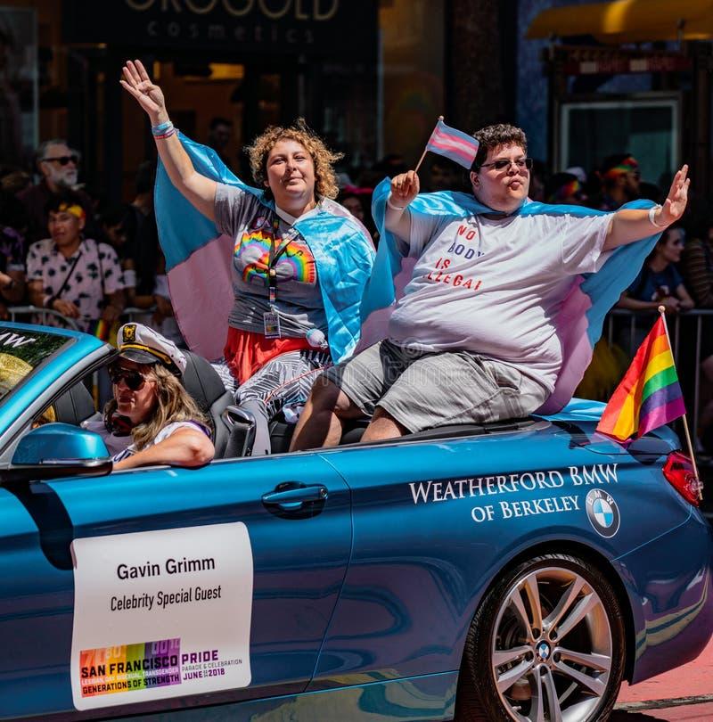 Pride Parade alegre em San Francisco - Gavin Grimm monta como o celebri foto de stock royalty free