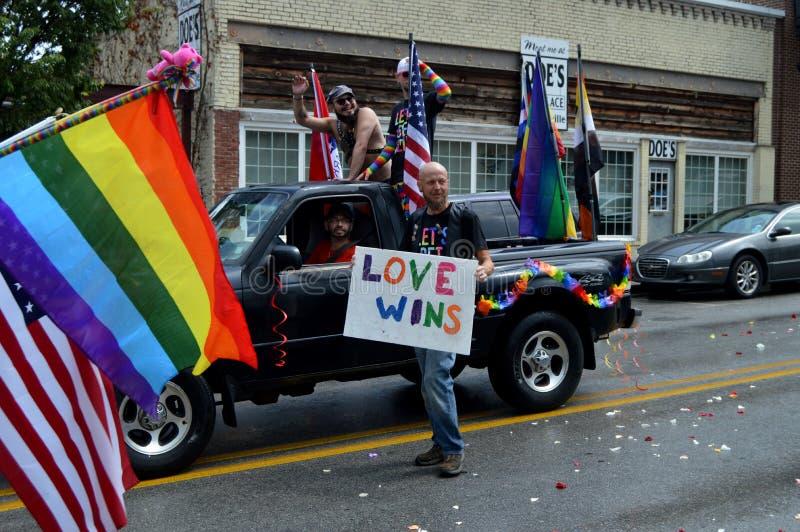 Pride Parade Fayetteville AR 2016 imágenes de archivo libres de regalías