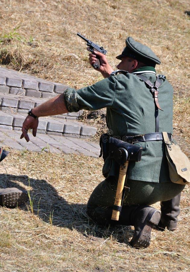 Prier de la guerre photos libres de droits