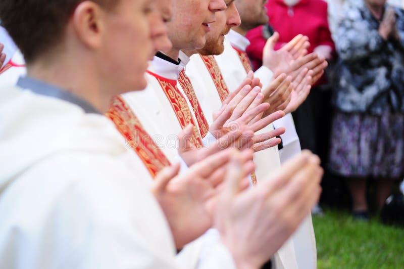 Priester stockfotografie
