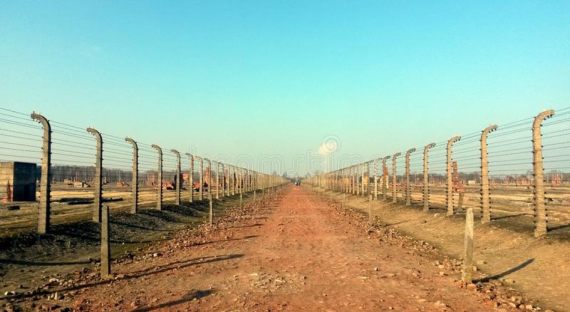 Prikkeldraadconcentratiekamp Auschwitz Birkenau stock foto's