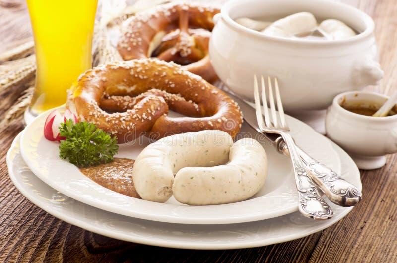 Prima colazione bavarese della salsiccia del vitello fotografie stock libere da diritti