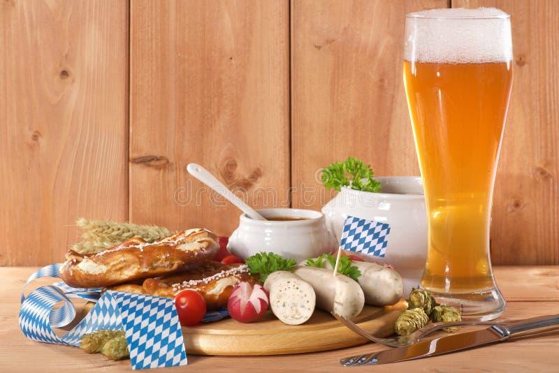 Prima colazione bavarese della salsiccia del vitello immagini stock libere da diritti
