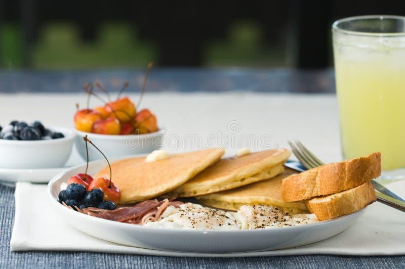 Prima colazione gastronomica fotografia stock libera da diritti