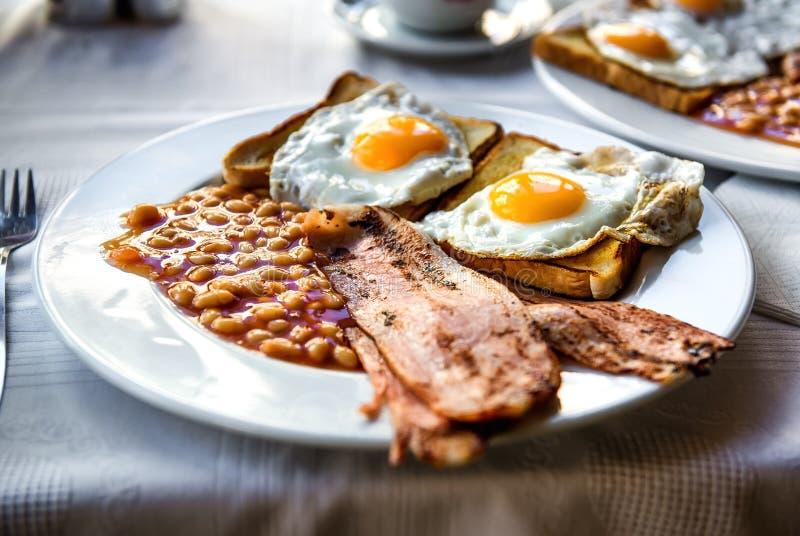 Prima colazione inglese piena tradizionale fotografia stock