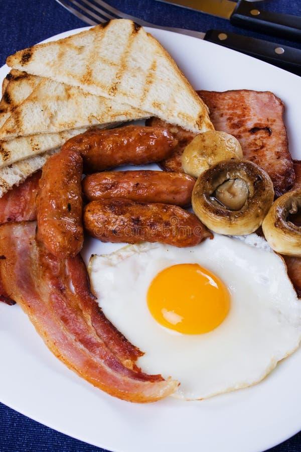 Prima colazione inglese tradizionale fotografie stock libere da diritti