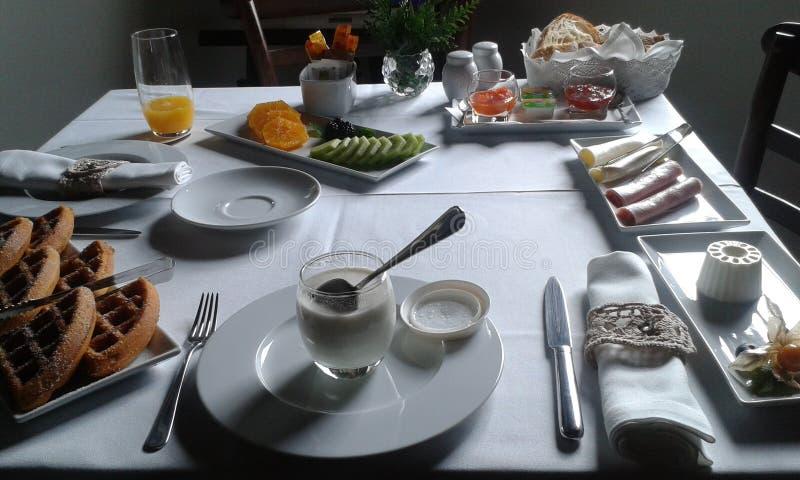 Prima colazione leggera per due fotografia stock