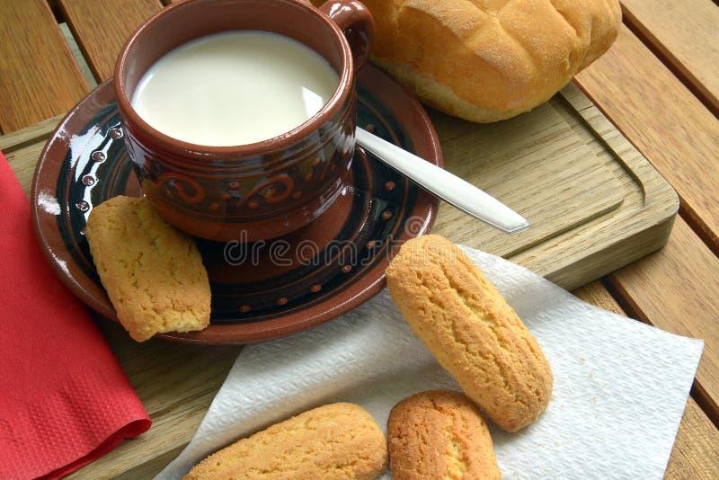 Prima colazione nel paese fotografie stock