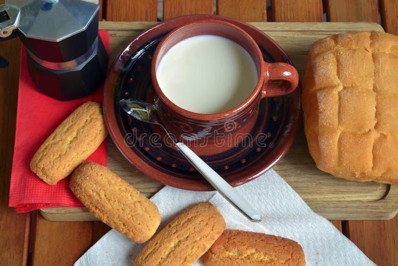 Prima colazione nel paese fotografia stock