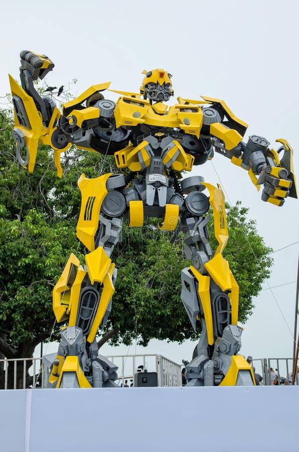 Prima de Optimus y exposición de los transformadores del abejorro en la explanada Penang, Malasia fotografía de archivo libre de regalías