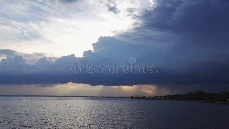 Prima della tempesta immagini stock
