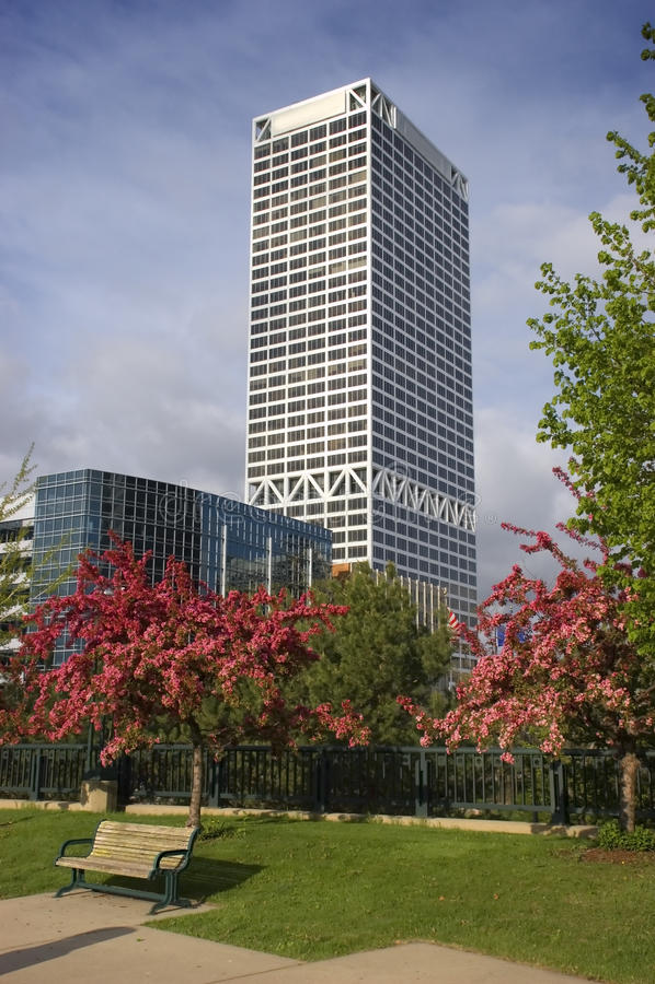 Primavera na cidade imagens de stock royalty free