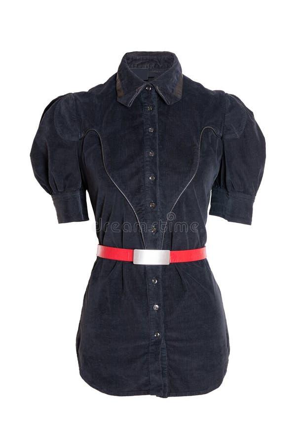 Primavera y blusa de la moda del otoño Una blusa negra femenina elegante de la primavera con una correa roja aislada en un fondo  fotografía de archivo libre de regalías