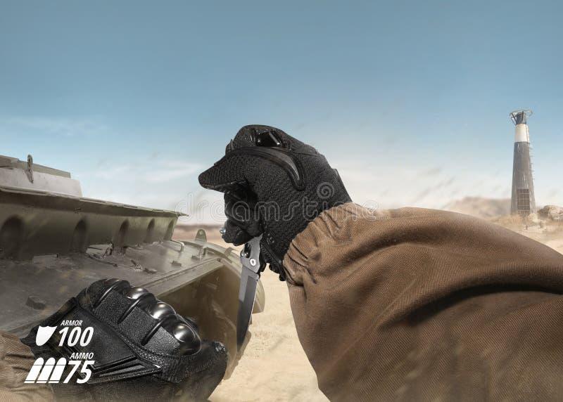 Primeira faca tática da terra arrendada de braço do soldado da opinião da pessoa foto de stock royalty free