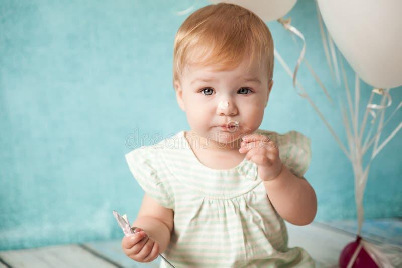 Primeira festa de anos Menina bonito fotos de stock royalty free