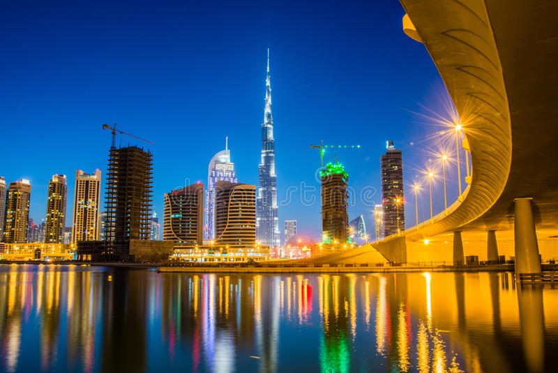 Primeiras vistas da parte superior do Burj Khalifa imagem de stock royalty free