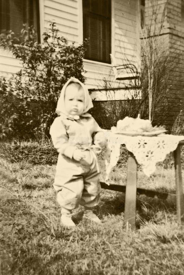 Primeiro aniversário da criança Retro/ fotografia de stock
