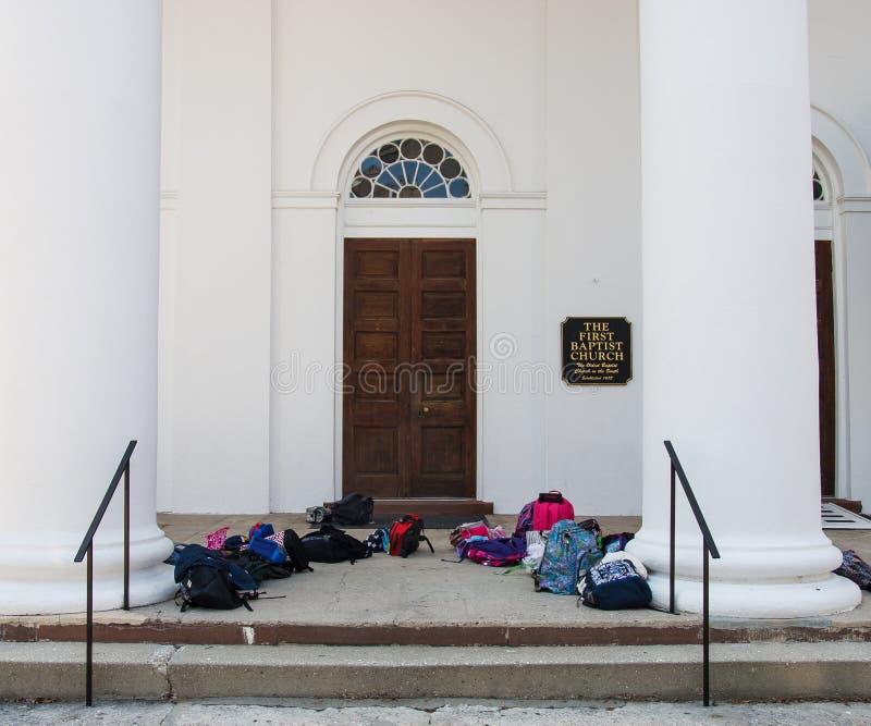 Primeiro Baptist Church com sacos foto de stock royalty free