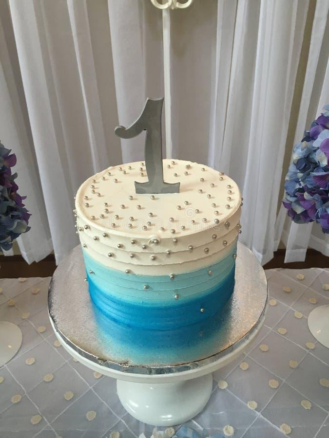 Primeiro bolo de aniversário fotografia de stock