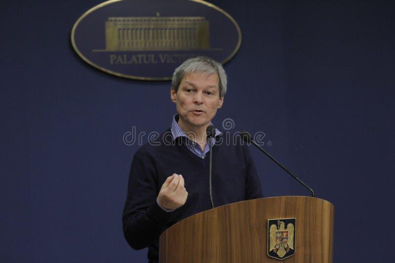 Primeiro ministro romeno conferência de imprensa de Dacian Ciolos fotografia de stock