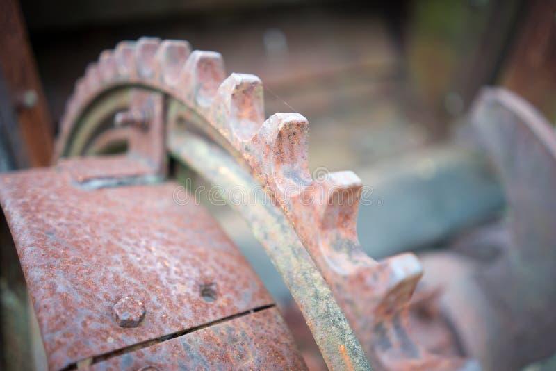 Primer corroído de la maquinaria de mina imagen de archivo libre de regalías